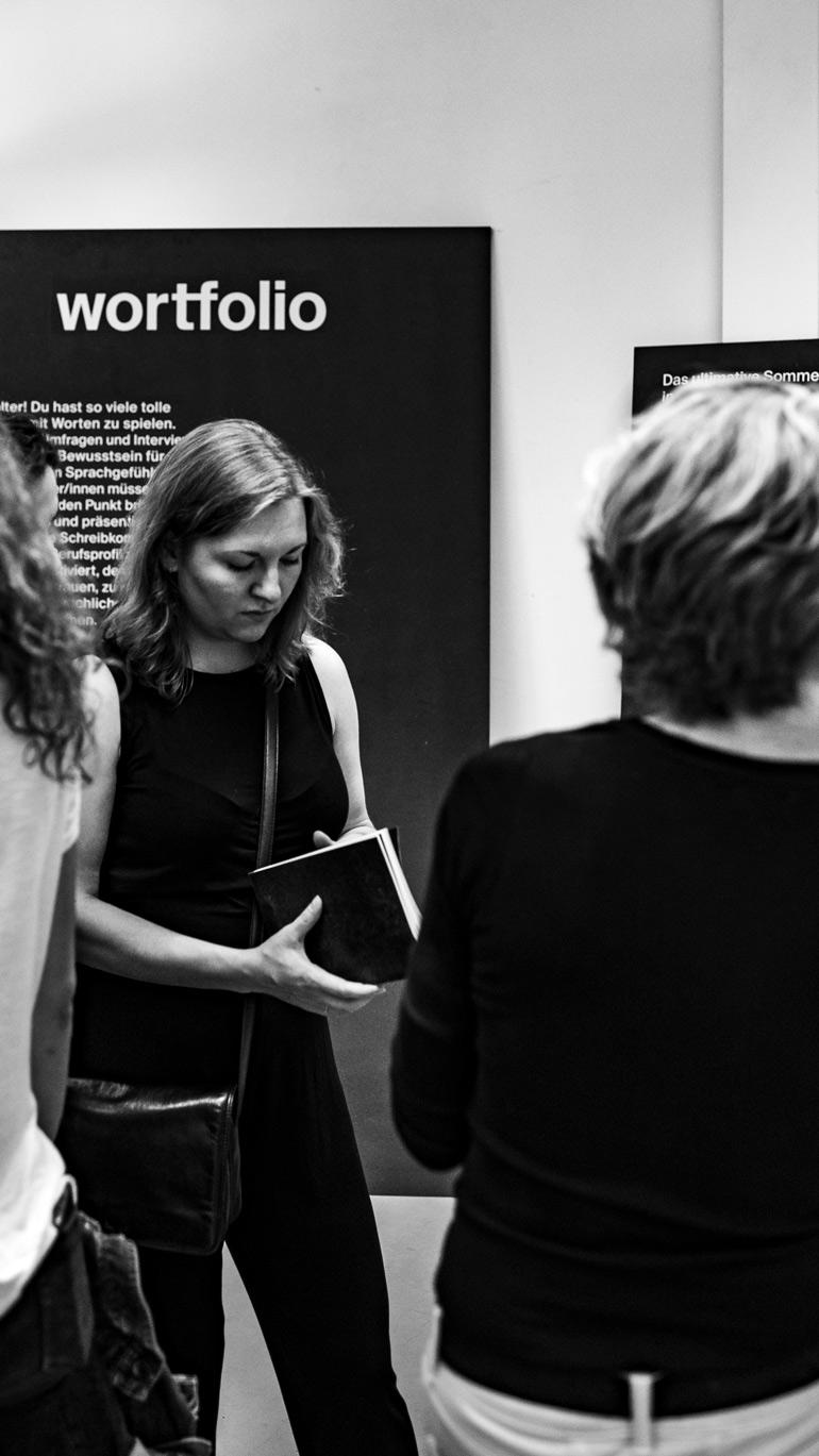 Ausstellung_Besucher_joscha_borgers